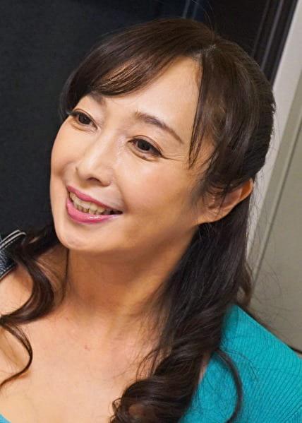 文子さん 56歳