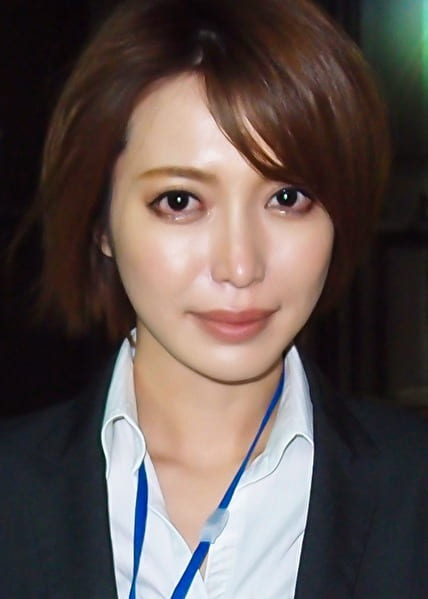 ゆりこさん 33歳 生命保険営業