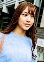 読モ系スレンダー美人妻はお人好しでSEX好き!