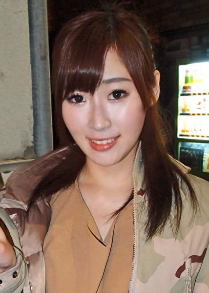 みずきさん 20歳 Gカップ色白巨乳な女子大生 【ガチな素人】