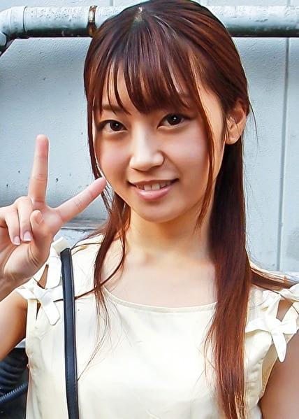 りょうこさん 20歳 パイパン女子大生 【ガチな素人】