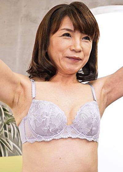 【初脱ぎ】けいこ 53歳・人妻