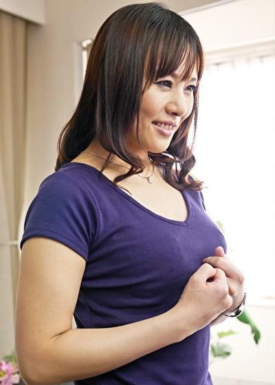 【三十路】かえで 34歳(初脱ぎ・専業主婦・千葉県在住)