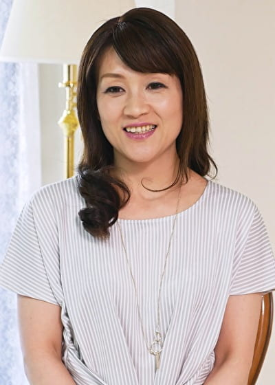 【五十路】かおり 50歳(初脱ぎ・看護師・福岡県在住)
