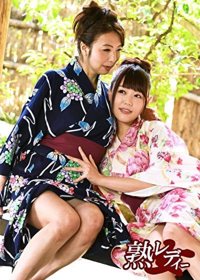 【レズ】母と娘の剥き出し性交 4