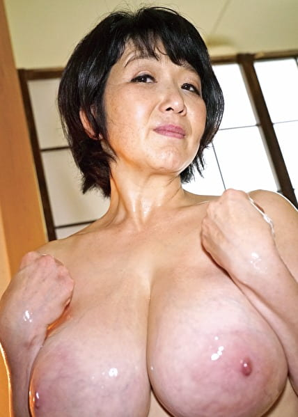 美都子 53歳 1
