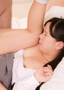 莉緒 1 20歳
