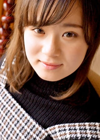 S-Cute うたの(19) 19歳。モチ肌少女のリアル