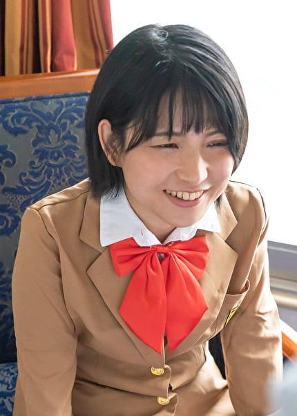 S-Cute あみ(22) ロリっ子はバックでガンガン突かれたい
