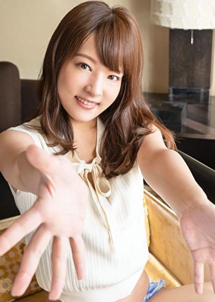 S-Cute みかこ(23) 笑顔でHするパイパン美少女に中出し