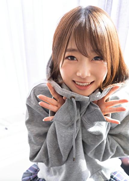 S-Cute まお(21) M字で潮吹く制服娘に顔射SEX