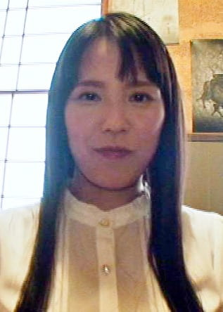 彩花 33歳
