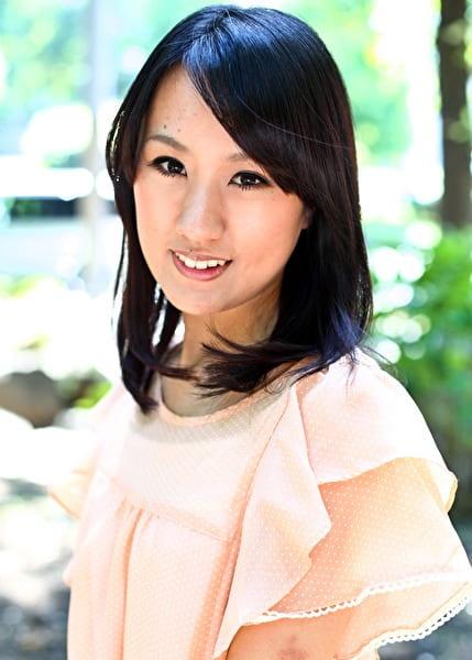 元A○Bの前田○子にチョイ似の瑠菜ちゃん(略) 瑠菜