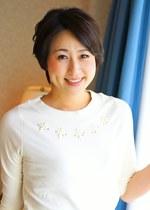 禁断のセックス!!息子の勃起に欲情した母、坂本かずみ46歳。