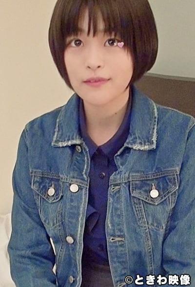 埼玉西部出身の良いお家柄の経済学部の女子大生が日銭のために生チンで喘いで稼ぐ!