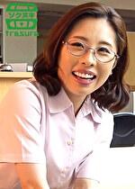【メガネ美人】上司と二人っきり・・ 4